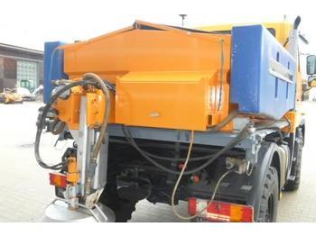 Zout/ zandstrooier Unimog Salzstreuer Gmeiner STA2000FS
