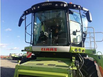 Claas Lexion 760 - combine harvester