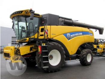 New Holland cx 8.85 - combine harvester