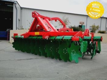 Agro-Masz AT30 DECHAUMEUR AVEC PORT A COURT ROULEAU T- RING - cultivator