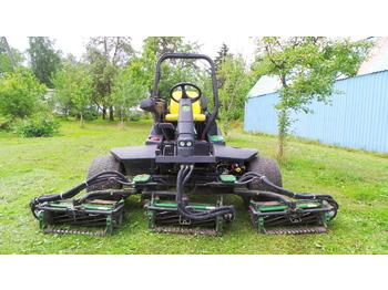 JOHN DEERE 3235C - garden mower