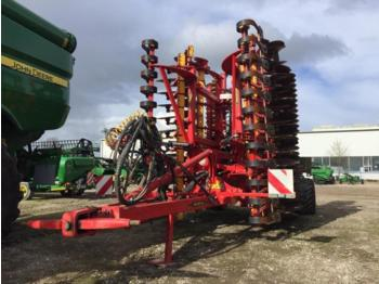 Harrow Väderstad Carrier 625 XL mit Grassaatdrille