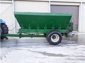 Manure spreader: picture 1