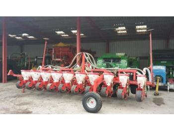 Precision sowing machine Kverneland Accord Optima