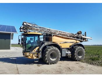 Self-propelled sprayer Challenger RoGator 655