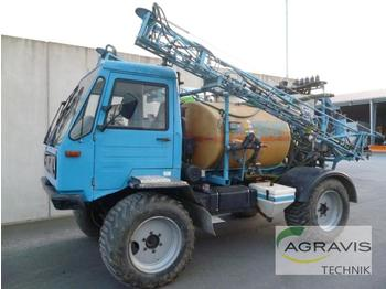 Inuma FELDSPRITZE - self-propelled sprayer