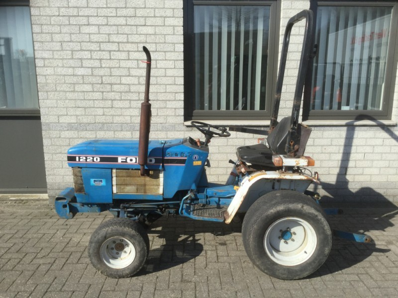 tractor ford 1220 hst 16 pk hydrostaat 3 cilinder diesel tractor 1215 Ford Tractor Diesel 4x4 tractor tractor ford 1220 hst 16 pk hydrostaat 3 cilinder diesel