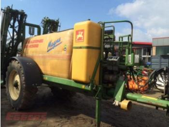 Amazone UG 4500 Magna - trailed sprayer