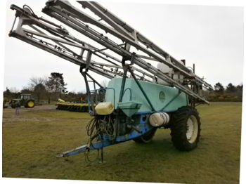 Trailed sprayer Berthoud ALBA 4000