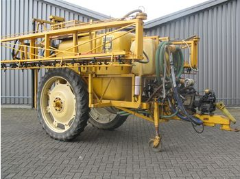 DUBEX 27 MTR 2600 LTR - trailed sprayer