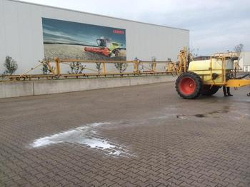 Dubex 2400 L - trailed sprayer