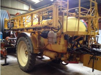 Dubex Mentor 4000 - trailed sprayer