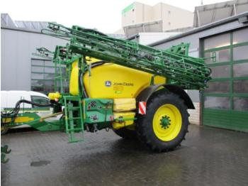 Trailed sprayer John Deere M740I