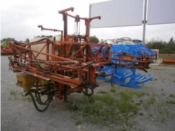 Rau D2 - trailed sprayer