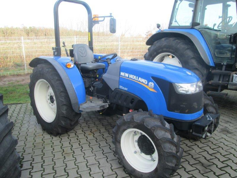 New Holland Orchard Tractors : New holland td vineyard orchard tractor from germany