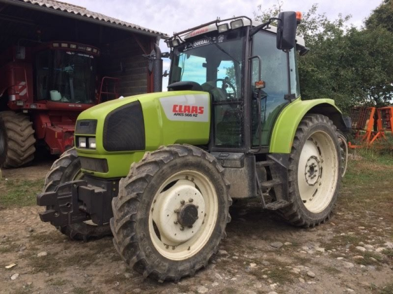 Wheel tractor CLAAS ARES 556 RZ - Truck1 ID: 3396235