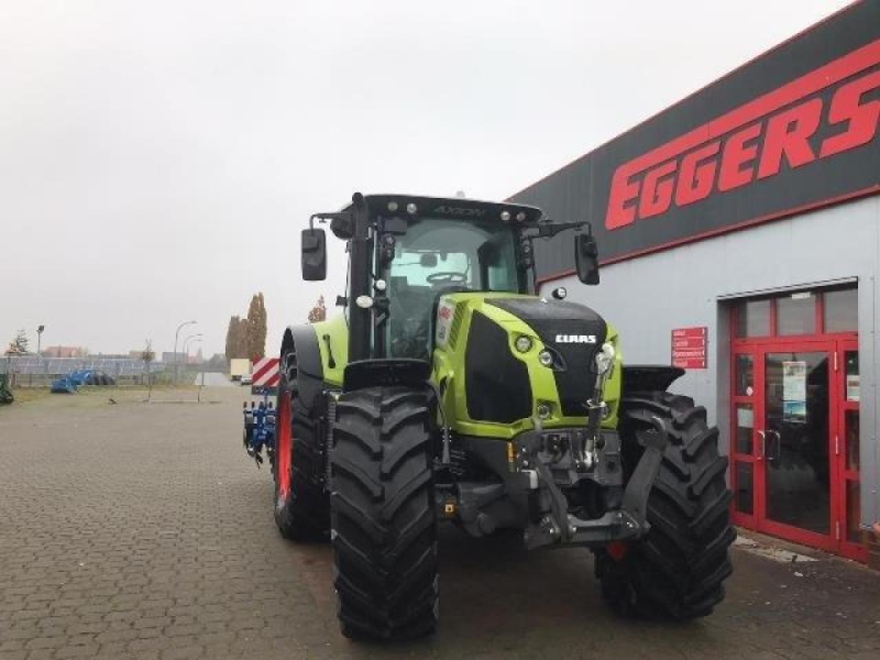 wheel tractor CLAAS AXION 870 CMATIC CEB
