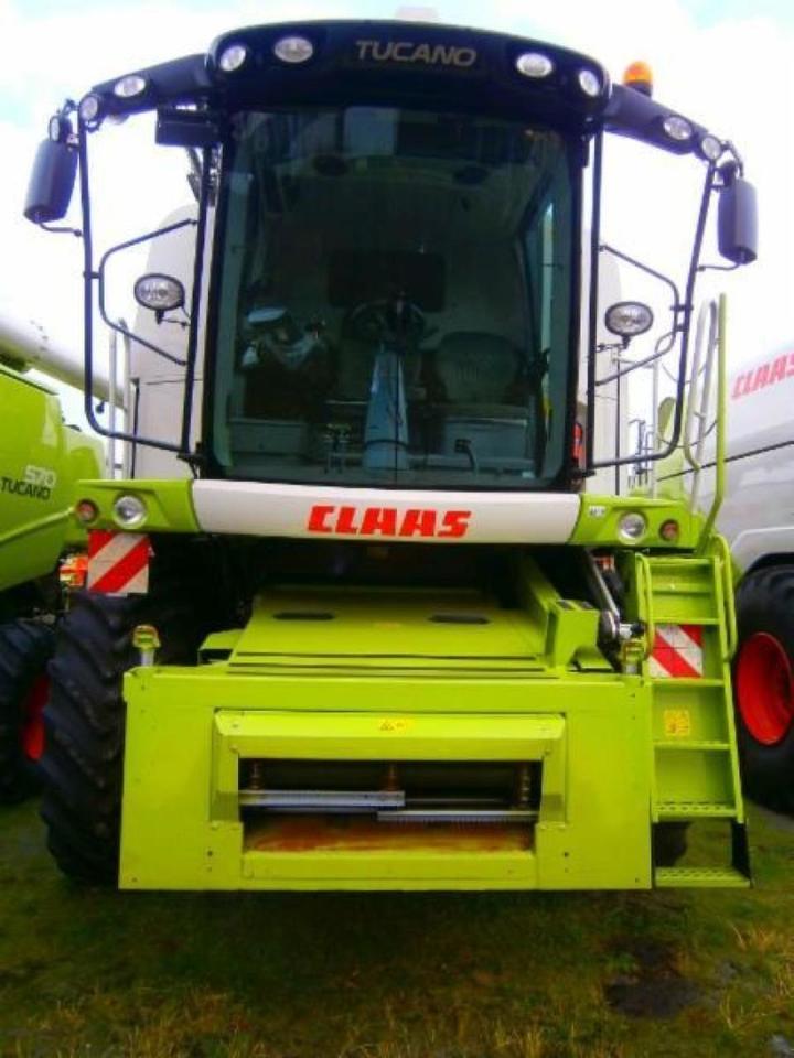 wheel tractor CLAAS AXION 950 CMATIC CEB