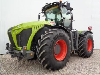 Wheel tractor CLAAS XERION 4000 TRAC VC