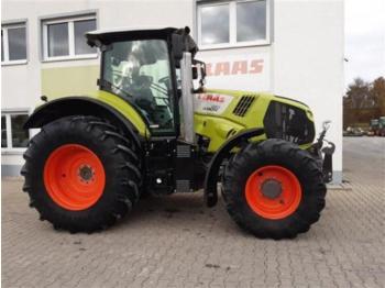 Wheel tractor CLAAS axion 810