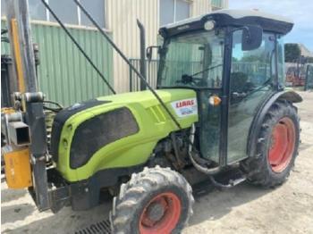 Wheel tractor CLAAS nexos 220