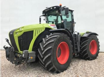 Wheel tractor CLAAS xerion 4500 trac vc