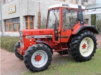 Wheel tractor Case IH 844XL