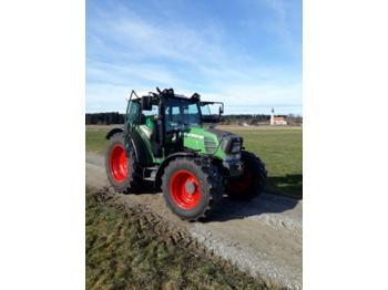 Fendt 211 Vario P - wheel tractor