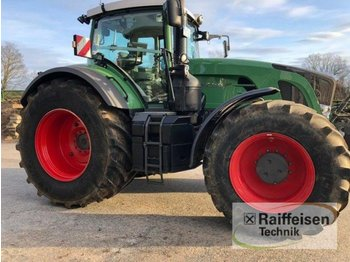 Fendt 933 SCR Profi Plus - wheel tractor