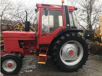 INTERNATIONAL 785 - wheel tractor