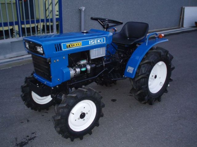 iseki tx1300f dt 4x4 wheel tractor from spain for sale. Black Bedroom Furniture Sets. Home Design Ideas