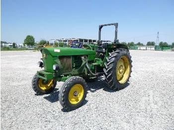 JOHN DEERE 2130 - wheel tractor
