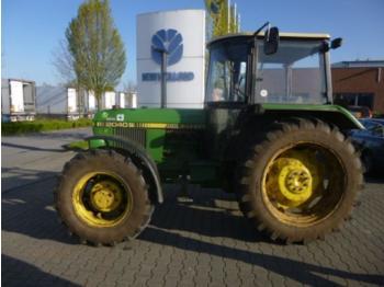 John Deere 2040S - wheel tractor