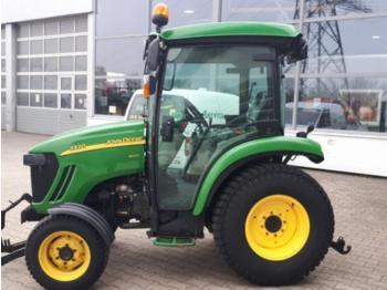 John Deere 3320 - wheel tractor