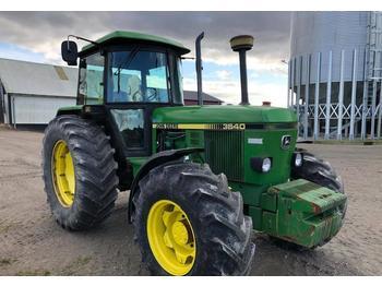 Wheel tractor John Deere 3640: picture 1