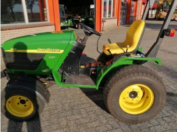John Deere 4110 - wheel tractor