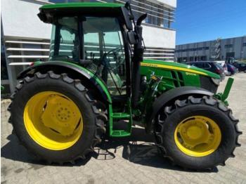 John Deere 5100 M - wheel tractor