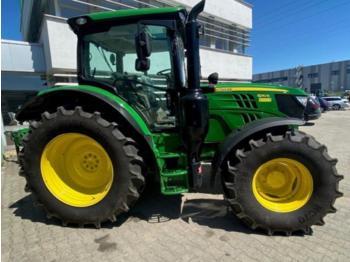 John Deere 6110R - wheel tractor