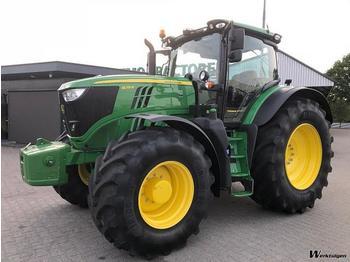 John Deere 6215R - wheel tractor