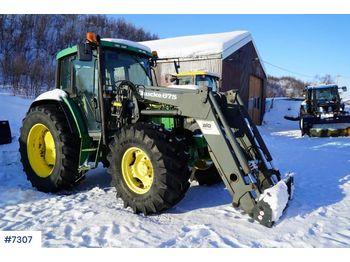 Wheel tractor John Deere 6310: picture 1