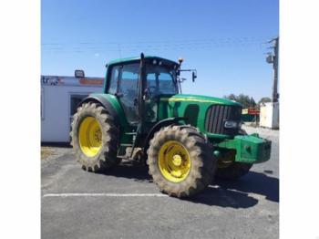 Wheel tractor John Deere 6620