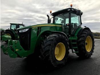 John Deere 8310R - wheel tractor