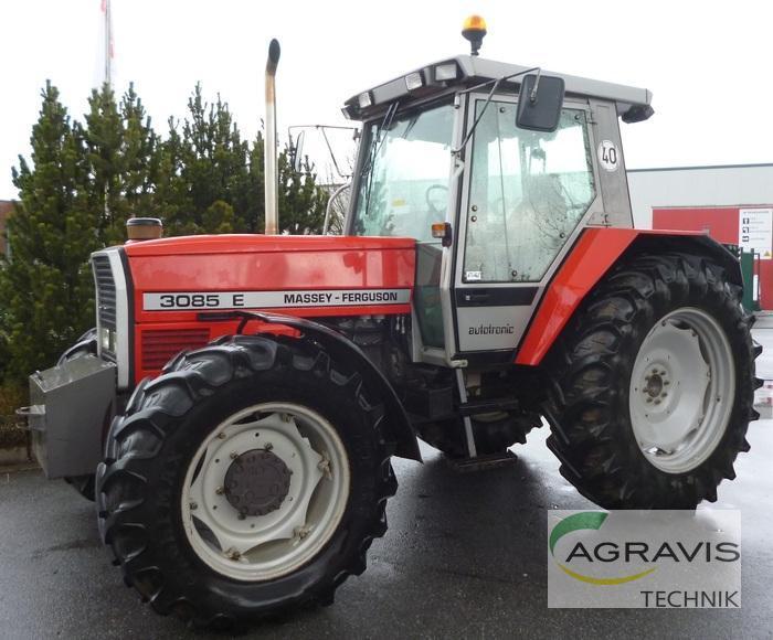 Wheel tractor Massey Ferguson 3085 E
