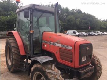 Massey Ferguson 4235 - wheel tractor