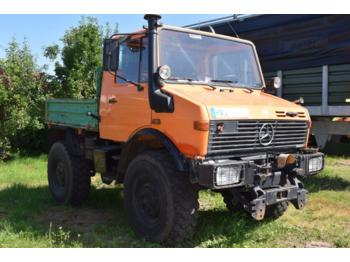 Mercedes-Benz Unimog U 1200 - wheel tractor
