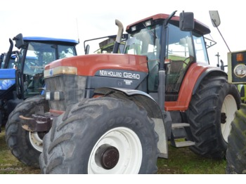 Wheel tractor NEW HOLLAND G240