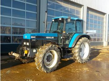 New Holland 8240 - wheel tractor