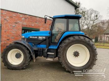 New Holland 8670 super steer - wheel tractor