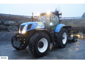 Wheel tractor New Holland T7040