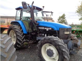 Wheel tractor New Holland TM 125